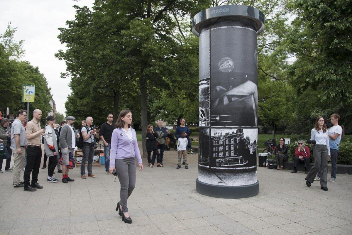 DREI SECHS NULL° at Frankfurter KunstSäule. Photo: Barbara Walzer